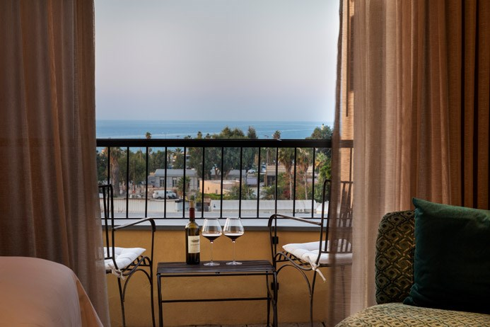 room balcony with view