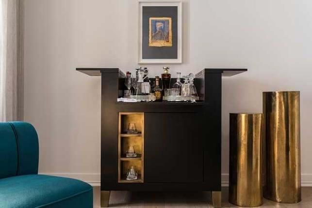Bar- Suites